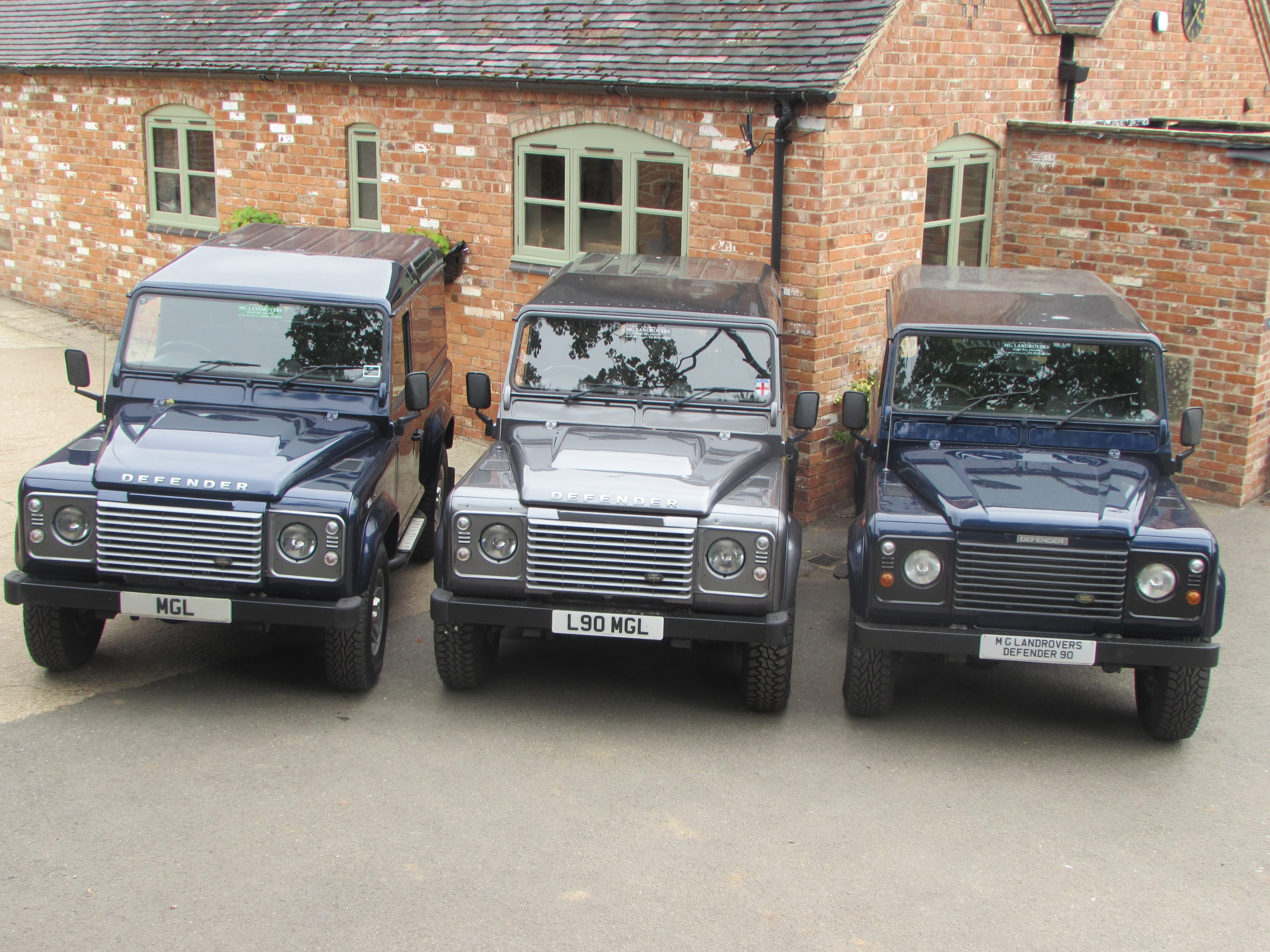 Welcome To M G Landrovers Ashbourne 1975 Land Rover Defender 90 Mg